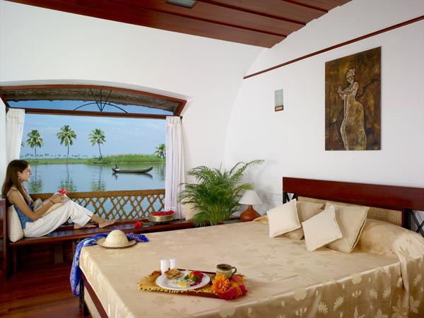 Bed Room-Premium Houseboat