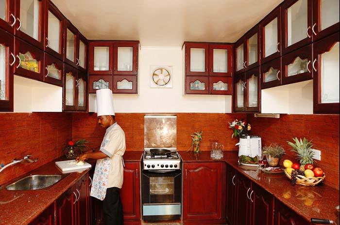 Kitchen-Deluxe-Premium Houseboat