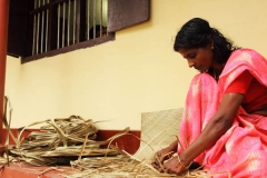 screw-pine-mat-weaving-vaiko-kerala