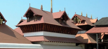guruvayoor-temple-indoworldtour