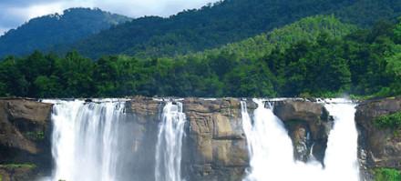 athirappally-waterfalls